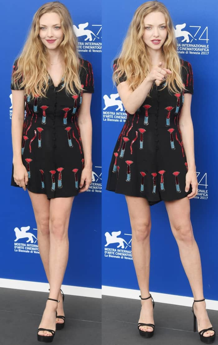 "Amanda Seyfried wearing a Valentino Resort 2018 dress and Stuart Weitzman ""Bebare"" sandals at the ""First Reformed"" photocall during the 2017 Venice Film Festival"