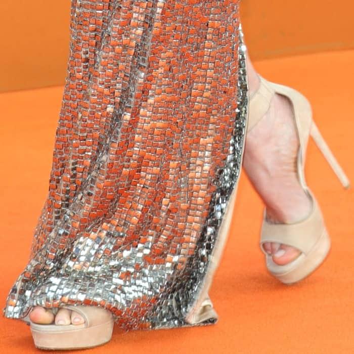 "Julianne Moore wearing nude platform sandals at the ""Kingsman: The Golden Circle"" world premiere"