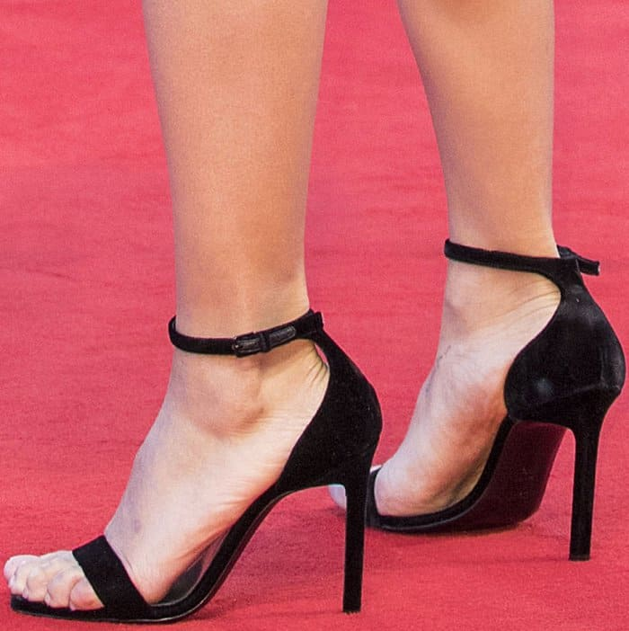 """Zoe Kravitz wearing black ankle-strap sandals at the """"Racer and the Jailbird"""" premiere during the 74th Venice Film Festival"""