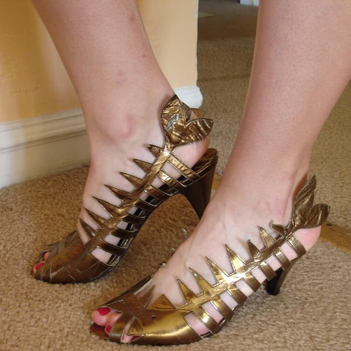 Fish Shoes & Goldfish Heels: 10 Most Amusing Shoes With Fish