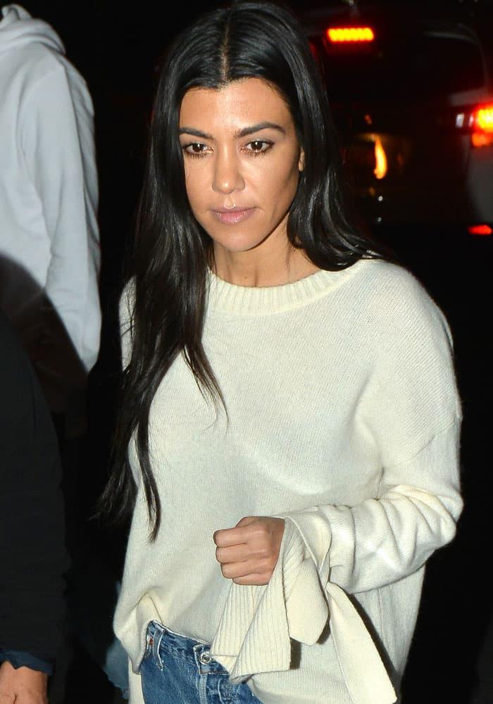 Kourtney Kardashian leaves church service in Beverly Hills on October 5, 2017
