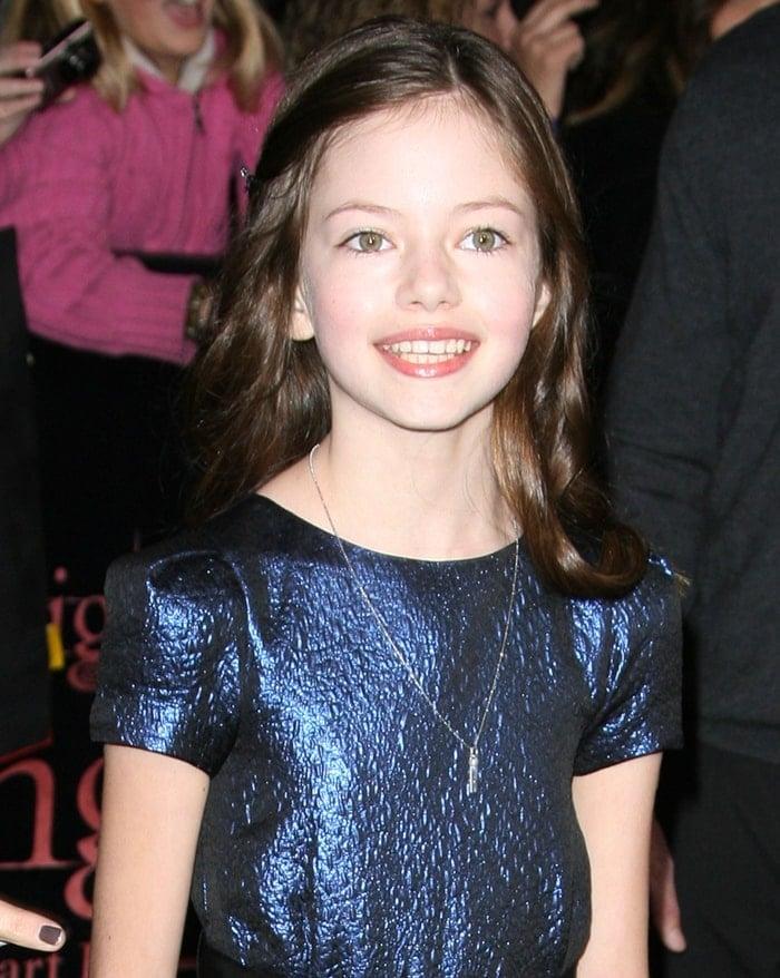 Mackenzie Foy arrives at the World Premiere of 'The Twilight Saga: Breaking Dawn Part 1'