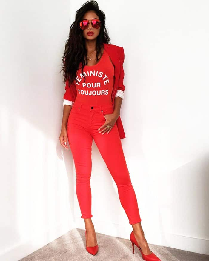 The pop star shows off her all-red OOTD on her Instagram