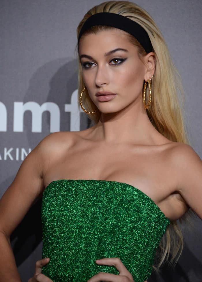 Hailey Baldwin wearing a Missoni Resort 2018 strapless gown at the 2017 amfAR Milano gala