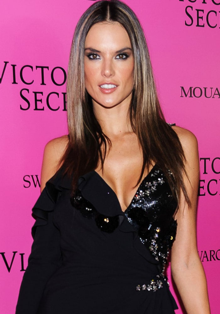 Alessandra Ambrosio wraps up her last show after 17 years as an Angel