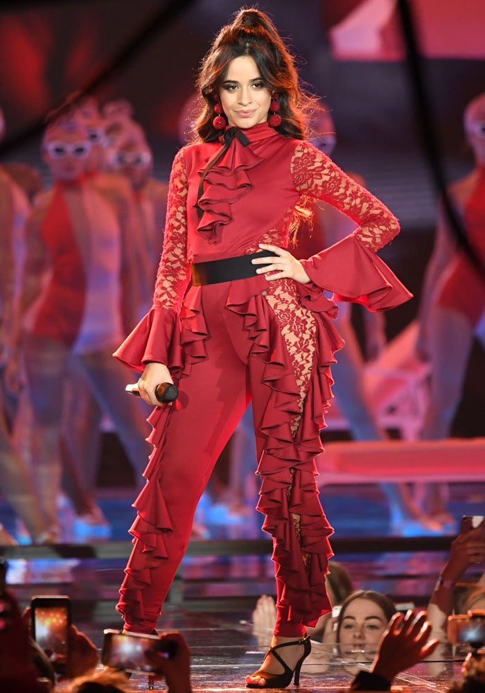"""The pop star finishes an electrifying """"Havana"""" performance at the EMAs"""