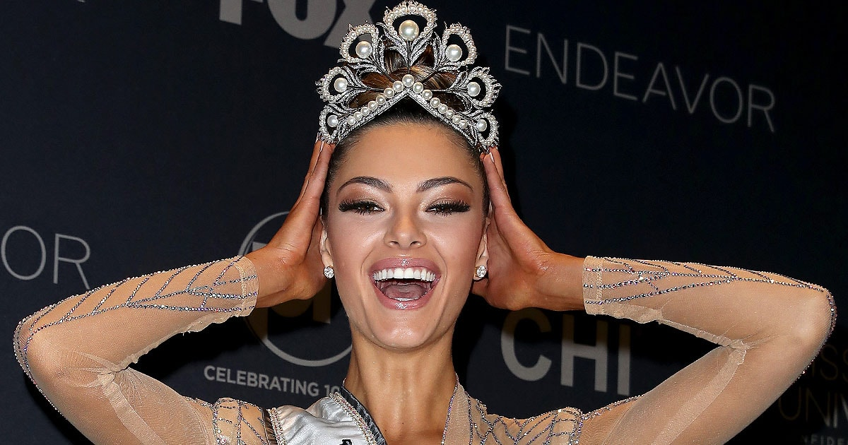 South Africa S Demi Leigh Nel Peters Wins Miss Universe