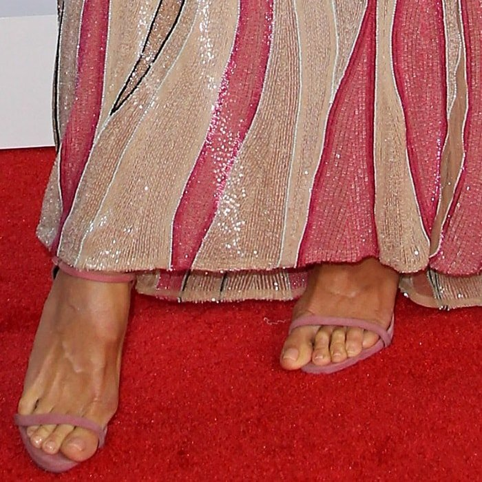 Not the right size? Heidi Klum showing off her feet in Giuseppe Zanotti 'Darcie' sandals