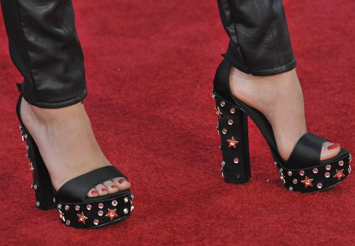 Jenna Ortega shows off her feet in black crystal shoes