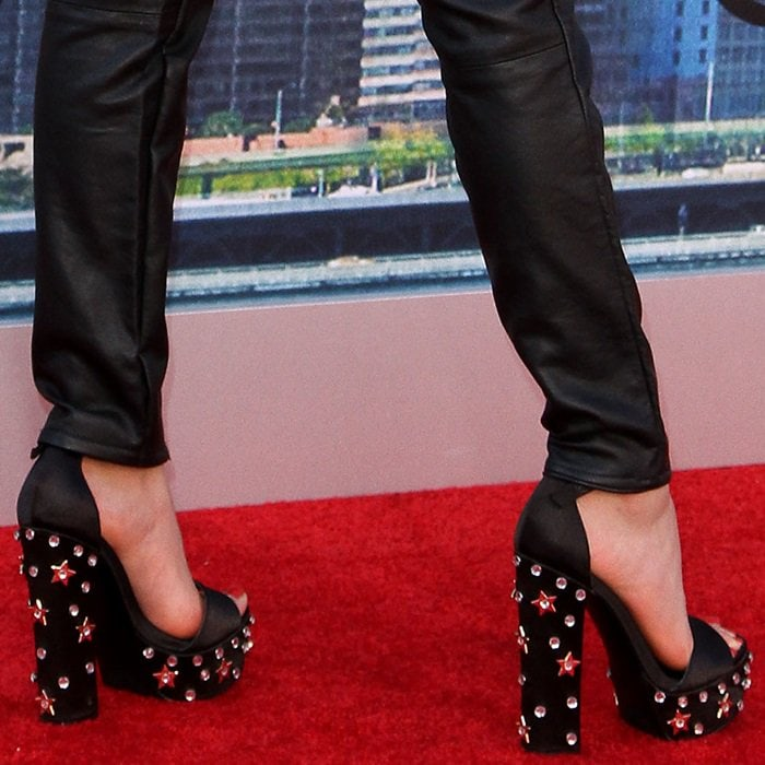 Jenna Ortega's Steve Madden Glory sandals featuring twinkling crystals and shining stars