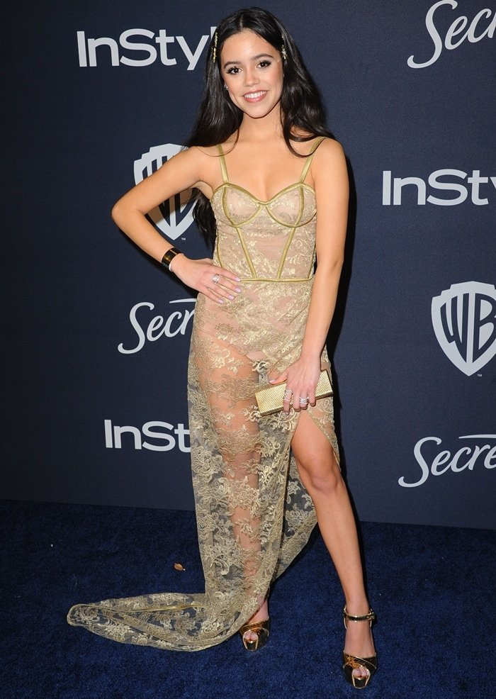 Jenna Ortega flaunts her short legs at the 21st Annual Warner Bros. And InStyle Golden Globe After Party