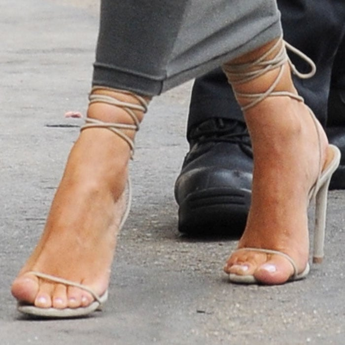 "Kim Kardashian in Merah Vodianova ""Ophelia"" sandals"