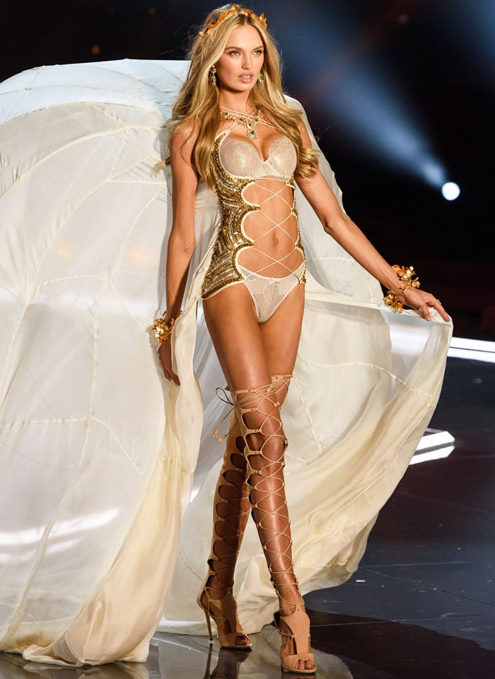 Romee Strijd glides on stage in a pair of structural Grecian wings