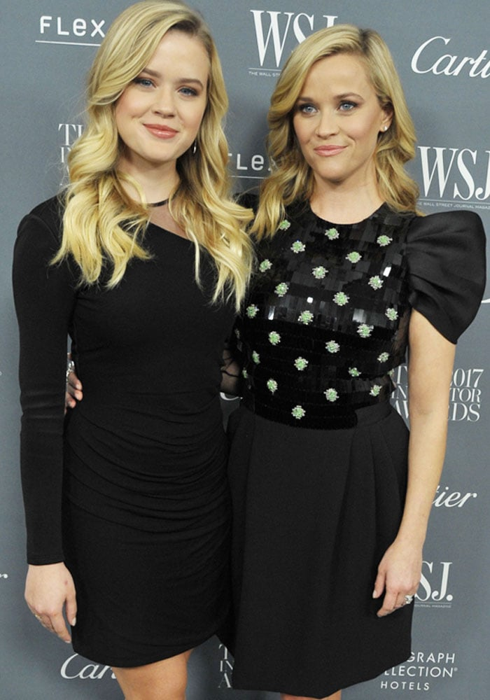 Ava poses with her lookalike, mother Reese Witherspoon