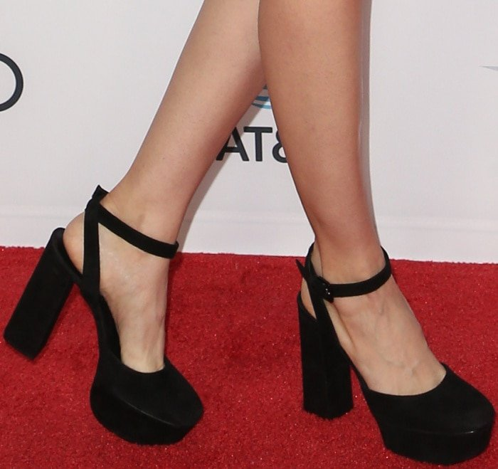 """Alison Brie wearing Casadei black ankle-strap platform pumps at the AFI Fest screening of """"The Disaster Artist"""""""