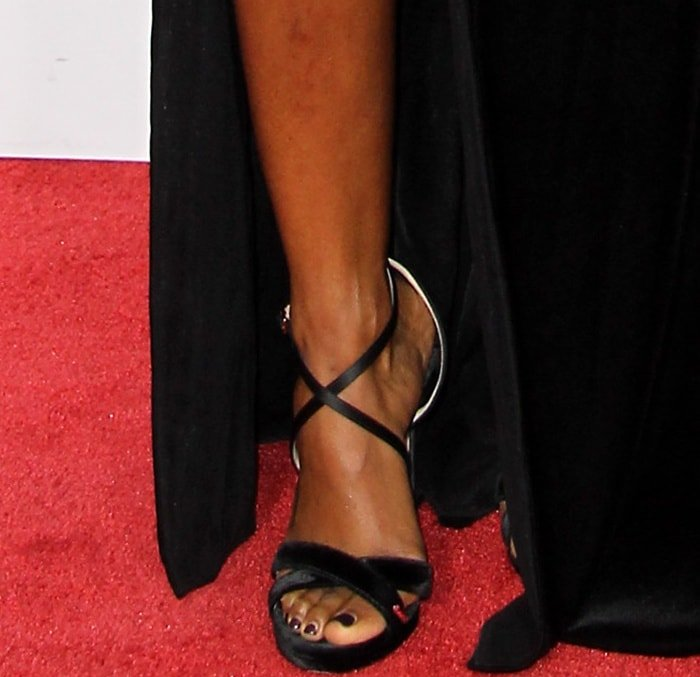 Kelly Rowland wearing Jimmy Choo sandals at the 2017 American Music Awards