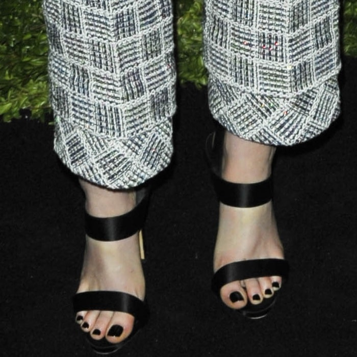 Kristen Stewart's feet inGiuseppe Zanotti 'Mischa' sandals