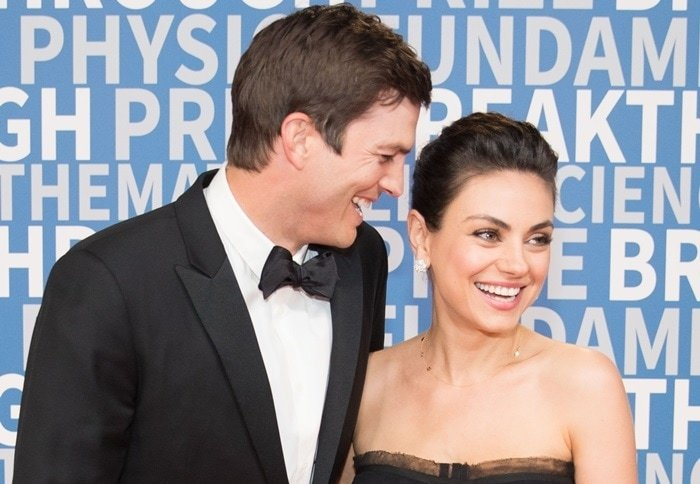 Ashton Kutcher and Mila Kunis made a ridiculously cute return to the red carpet at the 2018 Breakthrough Prize Ceremony