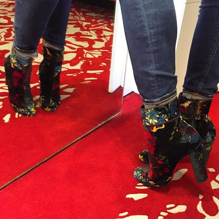 bd99885dfe8b Rosie Huntington-Whiteley Rocks Christian Louboutin  Moulamax  Boots