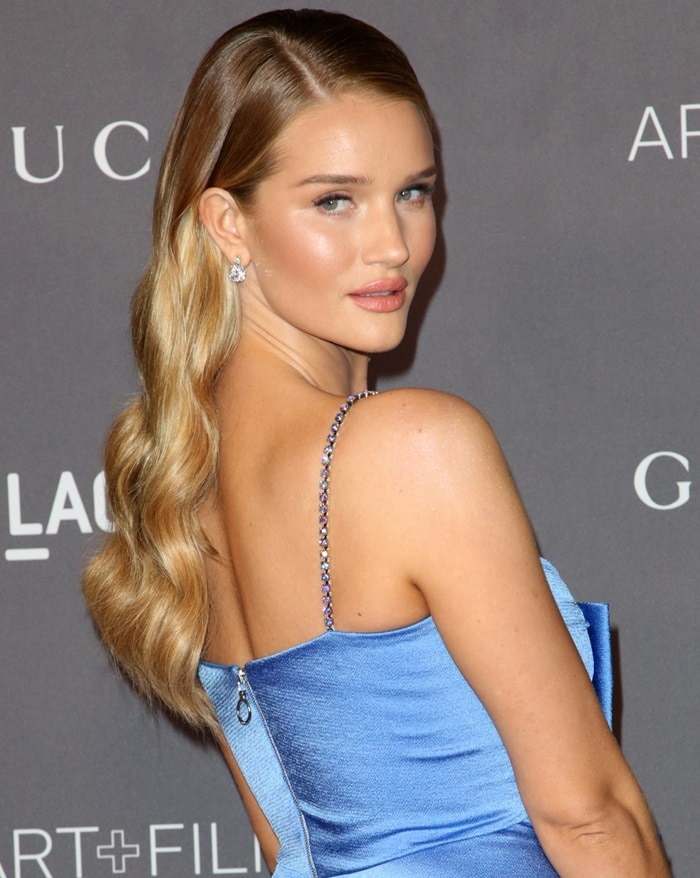 Rosie Huntington-Whiteley wearing a satin draped gown from the Gucci Resort 2018 Collection at the 2017 LACMA Art + Film Gala presented by Gucci at LACMA in Los Angeles on November 4, 2017