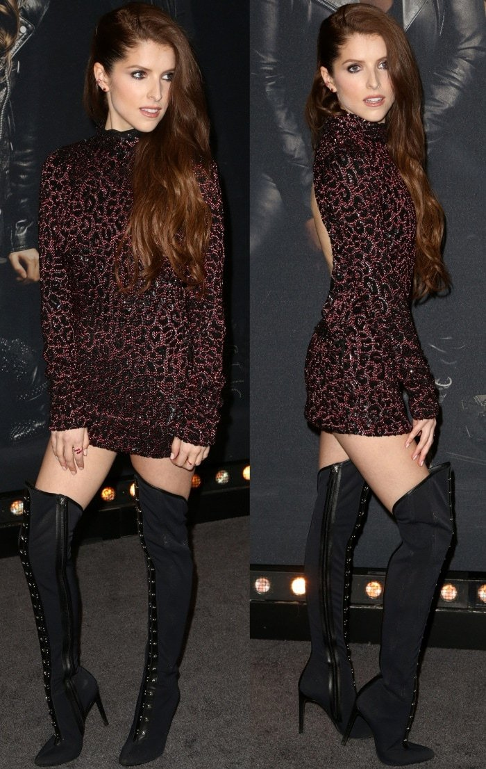 """Anna Kendrick wearing a Gucci Fall 2006 dress and Giuseppe Zanotti """"Janice High"""" over-the-knee boots at the """"Pitch Perfect 3"""" premiere"""