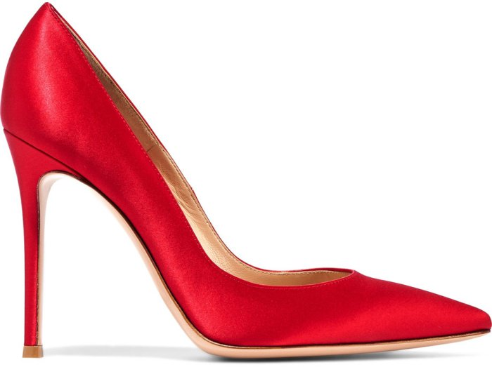 Gianvito Rossi 105 suede pumps in red satin