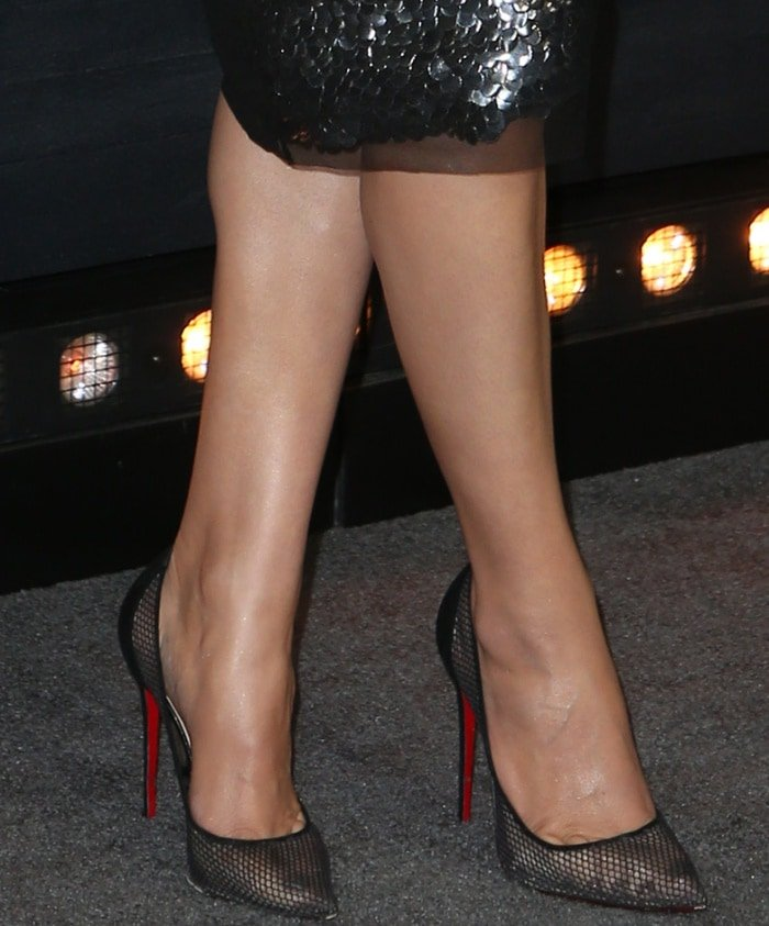 Hailee Steinfeld flashes her sexy toes in Christian Louboutin shoes