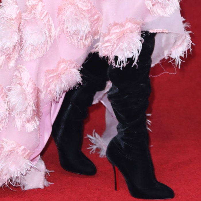 """Laura Dern wearing Christian Louboutin """"Classe"""" over-the-knee boots at the """"Star Wars: The Last Jedi"""" UK premiere"""