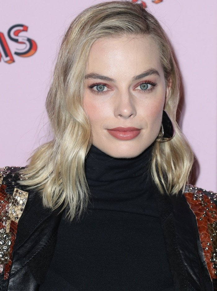 """Margot Robbie wearing a Saint Laurent Spring 2018 look with the Wolford """"Colorado"""" bodysuit at the Refinery29 """"29Rooms Los Angeles: Turn It Into Art"""" opening night party"""