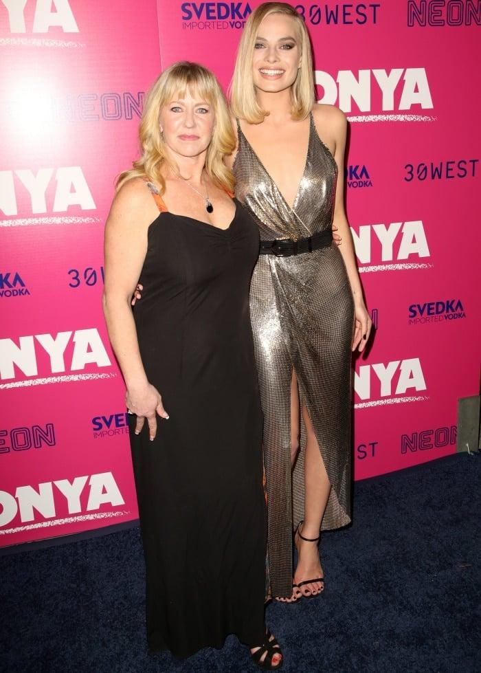 "Margot Robbie with Tonya Harding at the ""I, Tonya"" Los Angeles premiere"