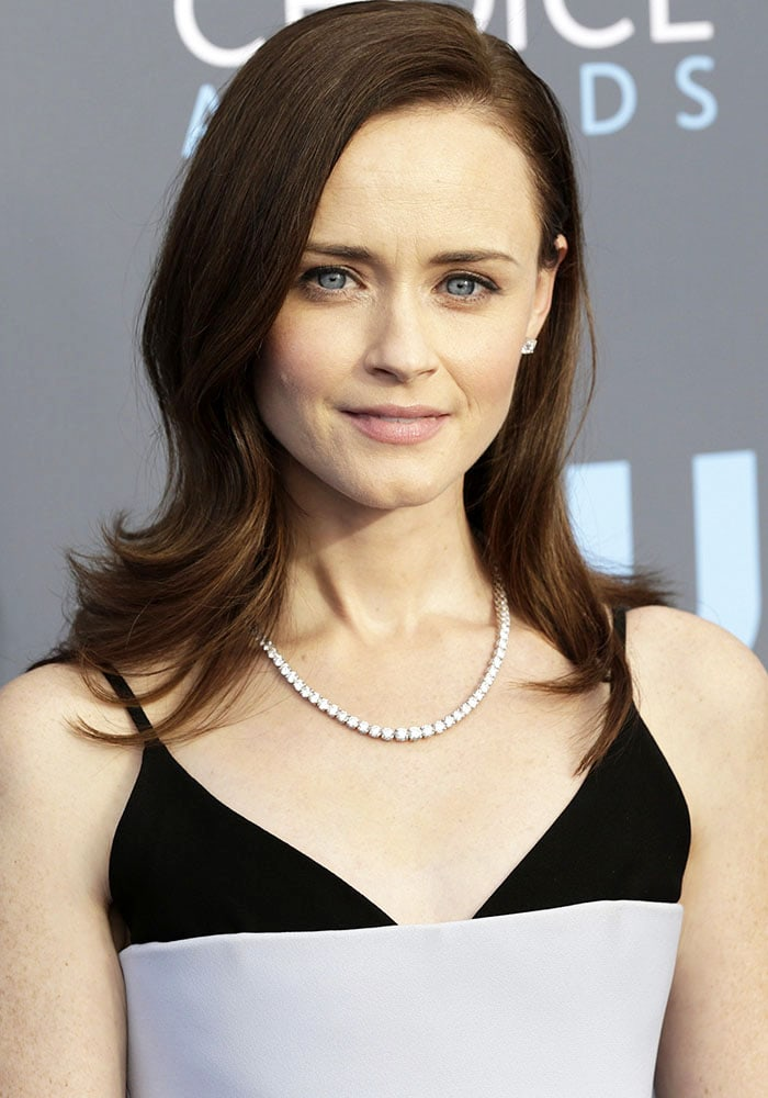 Alexis Bledel at the 2018 Critics' Choice Awards held at the Barker Hangar on January 11, 2018