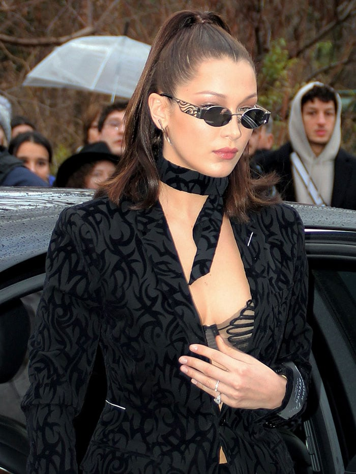 Bella Hadid arriving at the Dior Homme Fall 2018 show held during Paris Fashion Week in Paris, France, on January 20, 2018.