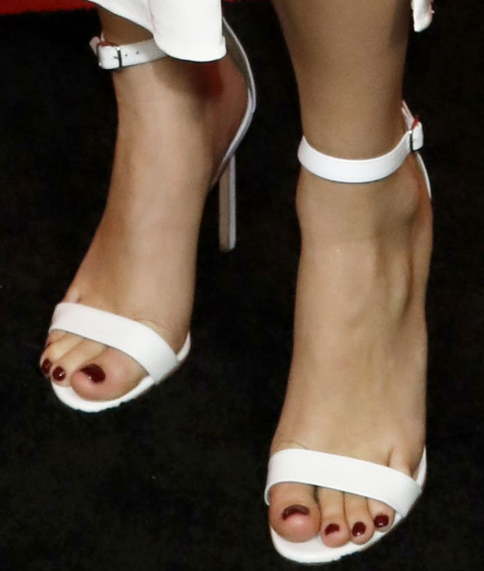"""Billie kept her look uncluttered with a pair of Manolo Blahnik """"Chaos"""" sandals"""