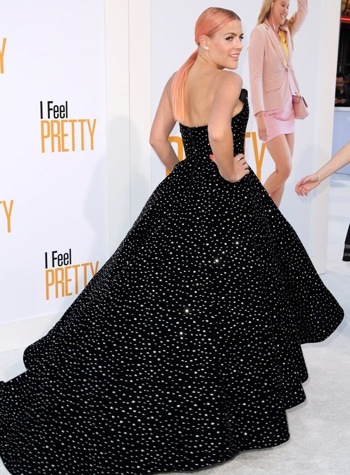 Busy Philipps' gown featureshundreds of tiny diamond-like jewels