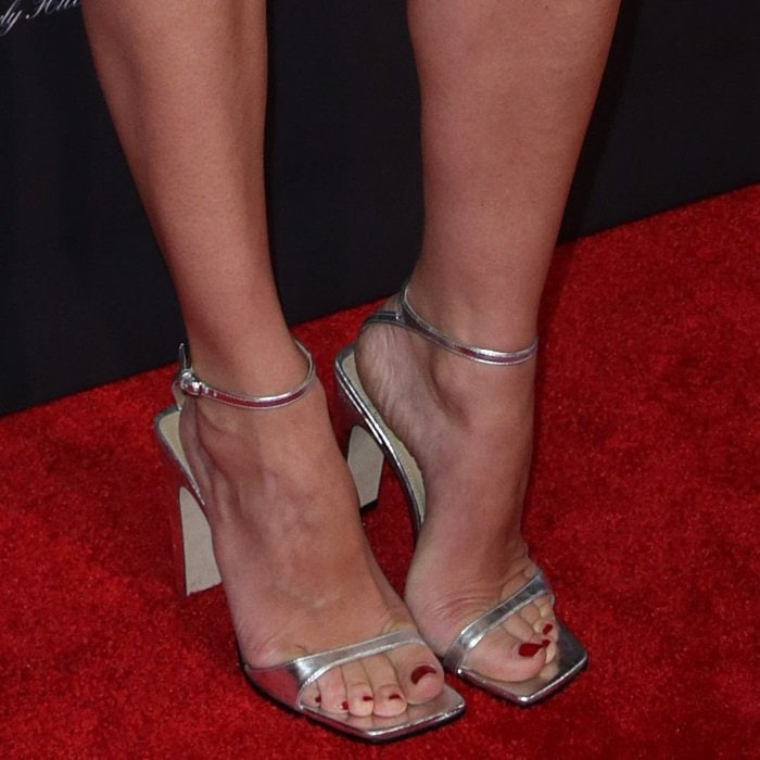 Diane Kruger showing off her pedicure in Sergio Rossi sandals