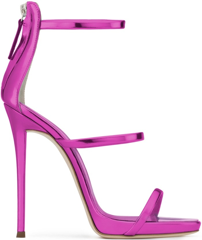 Fuchsia patent leather sandal with three straps