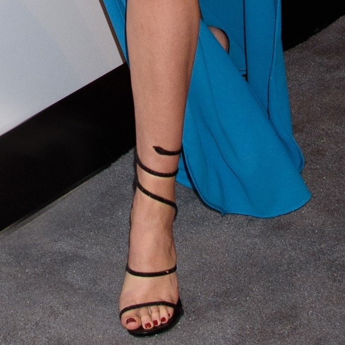 Gal Gadot showing off her pedicure in René Caovilla 'Snake' sandals