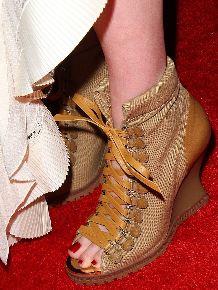 Details of the Chloe 'River' wedge booties on Haley Bennett.