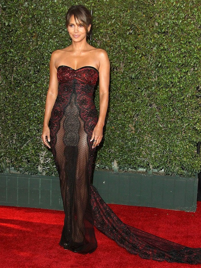 Halle Berry in the red-and-black Reem Acra Fall 2016 gown she chose to wear that evening