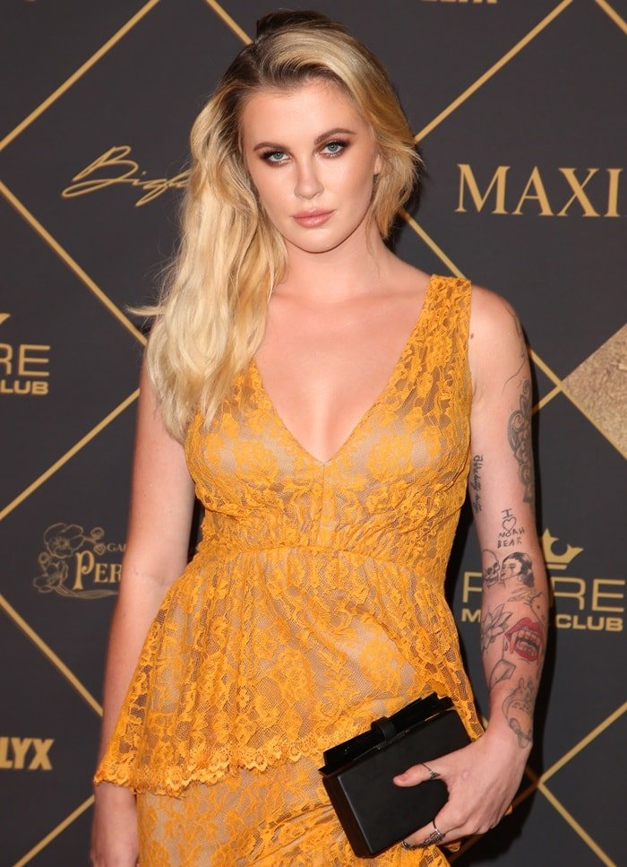 Ireland Baldwin in a busty orange maxi dress from Tadashi Shoji's Pre-Fall '17 collection at Maxim Hot 100 Party in Los Angeles on June 24, 2017