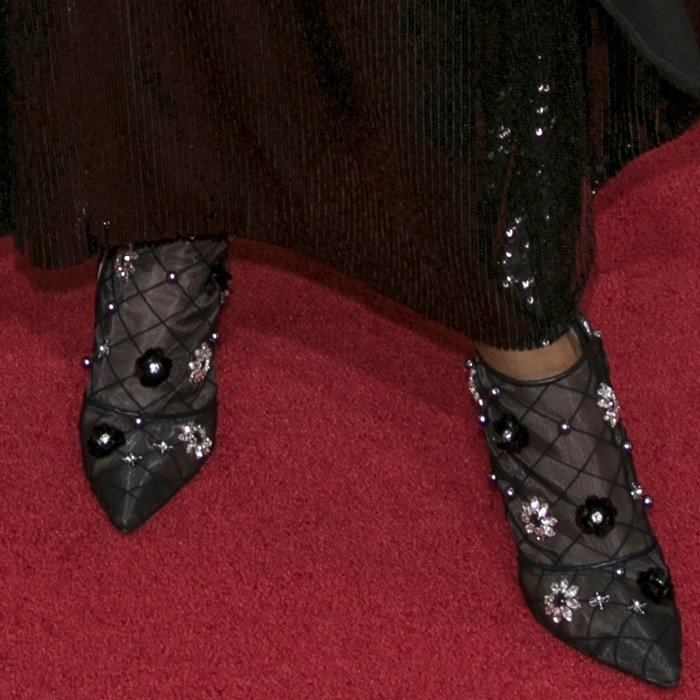 Kerry Washington showing off her feet in Roger Vivier 'Net' booties