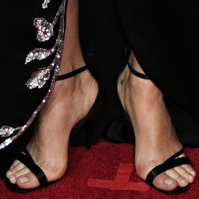 Margot Robbie showing off her feet in silk satin 'Sin Rv' strass sandals from Roger Vivier's Spring/Summer 2018 collection