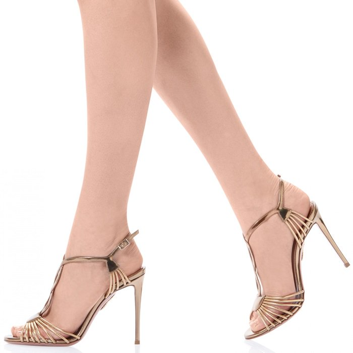 Get ready for a gala in the sleek and elegant gold metallic Josephine sandal