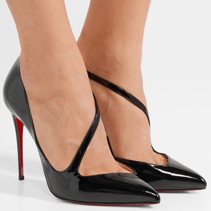 These black pumps have been expertly crafted in Italy from high-shine patent-leather that's contrasted by its signature lacquered red sole