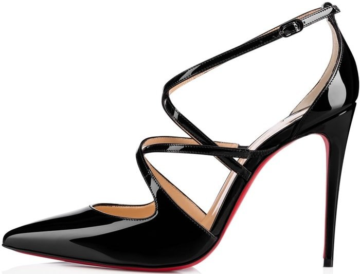 'Crossfliketa' pumps in black patent leather