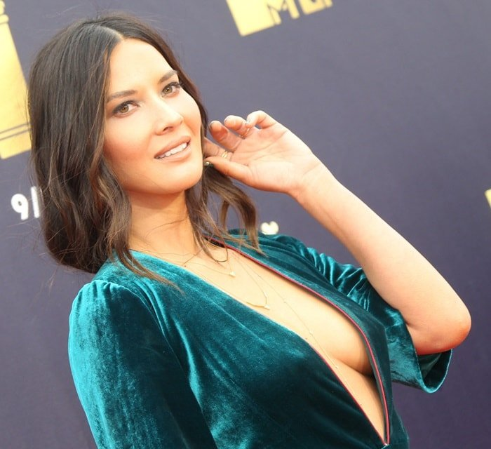 Olivia Munn showing sideboob at the 2018 MTV Movie & TV Awards at Barker Hangar in Santa Monica, California, on June 16, 2018
