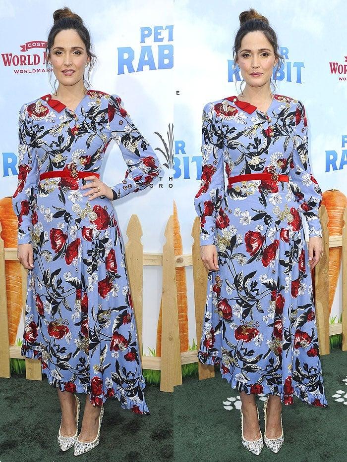 Rose Byrne wearing an Erdem Spring 2018 floral dress with Jimmy Choo 'Tia' pumps.