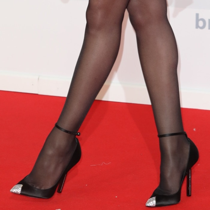 Brit Awards Red Carpet Shoes Flower Power Fashion For