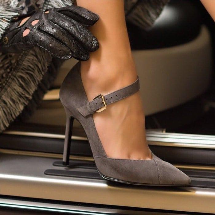 Walter De Silva pointy-toe pumps