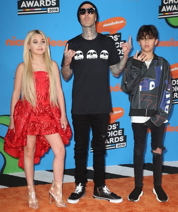 Travis Barker, Alabama Barker, and Landon Barker at the 2018 Nickelodeon Kids' Choice Awards